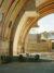 ソレリは、ドーム型の屋根に永遠の魅力を感じていた。1949年、彼はフェニックスの北に位置する砂漠に建てられた、洞窟のような形状の住居の回転するガラスの屋根の設計に携わっている。